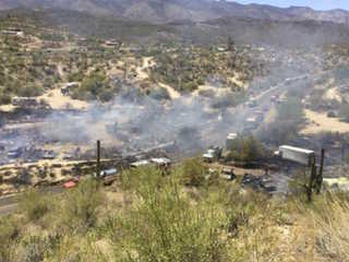 Homes destroyed in Black Canyon City wildfire