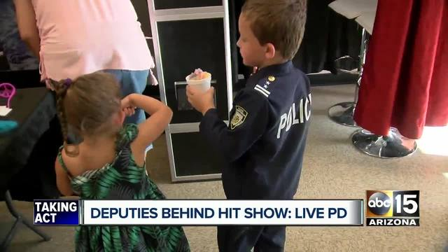 Pinal county sheriffs office hosts meet and greet with live pd fans pinal county sheriffs office hosts meet and greet with live pd fans m4hsunfo