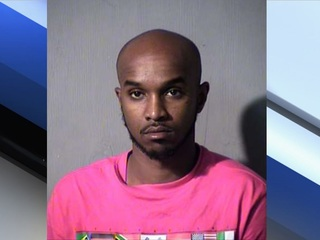 PD: Man arrested with many stolen credit cards
