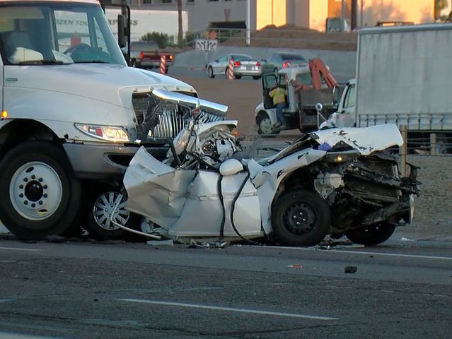 NOW: EB I-10 closed at 67th Ave for deadly crash