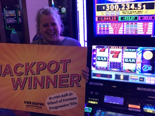 Woman wins $1M at Vee Quiva on Father's Day