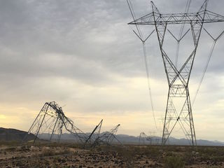 Winds damage SRP towers west of Phoenix