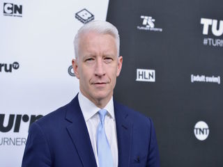 Anderson Cooper to receive Walter Cronkite Award