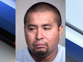 PD: Woman fights off attacker in Phoenix alley
