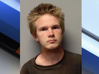 PD: Cottonwood teen indicted for luring minor