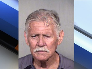 PD: Glendale burglar, 71, tries to jump fence