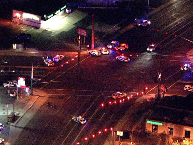 Police officer injured in north PHX shooting