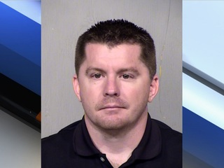 PD: Man caught exchanging sexual pics with minor