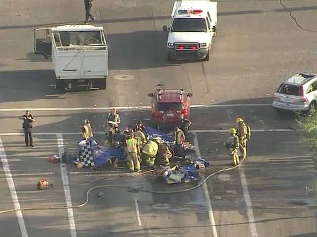 Plane crashes in road near 7th St/Deer Valley