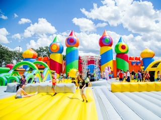'World's biggest' bounce house coming to Phoenix