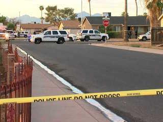 Suspect with shotgun shot by Phoenix officers