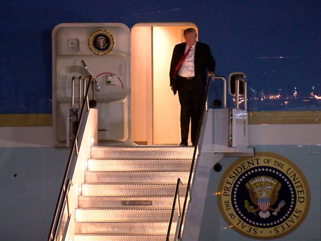 Pres. Trump arrives in the Valley ahead of rally