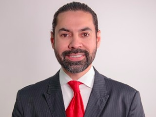Complimentary consultation from Carlos Mata M.D.