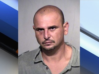 PD: Intruder with machete enters motel room
