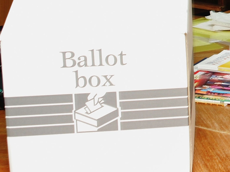 Officials: 85,000 outstanding ballots in Maricopa County need to be counted