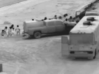 Agents: Surge of migrants crossing Yuma border