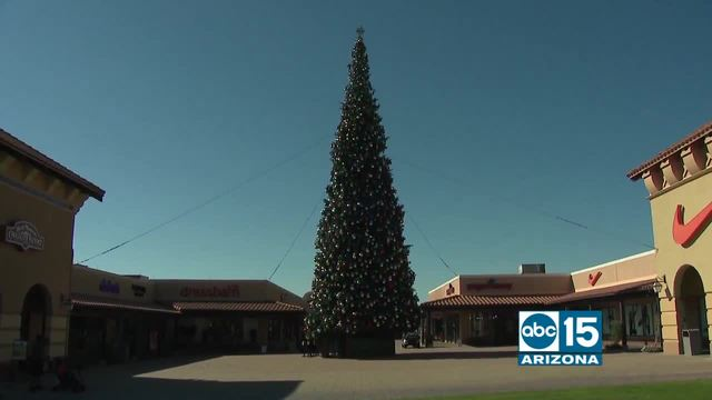 - Outlets At Anthem Is Home To Tallest Christmas Tree In Arizona