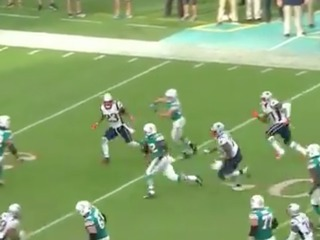 VIDEO: Dolphins beat Patriots on miracle TD
