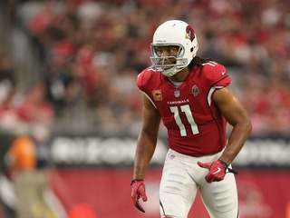 Fitz sets record for most catches with one team
